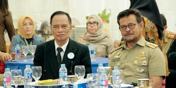 Mulyan-Pulubuhu-bersama-Gubernur-Sulawesi-Selatan-Syahrul-Yasin-Limpo-Peresmian-Operasional-PT-Jamkrida-Sulsel